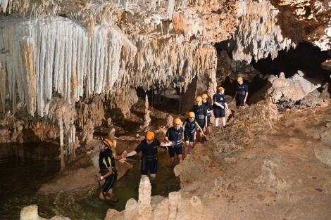riosecreto-cave-stalactites