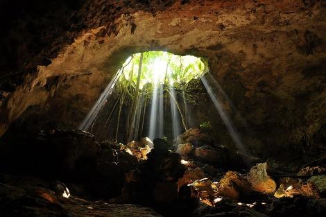 mayan-cenote-riosecreto
