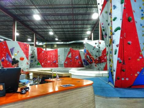 boulderz-rock-climbing